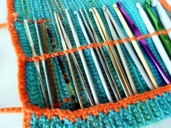 Roll it up & go crochet hook case by La Visch Designs