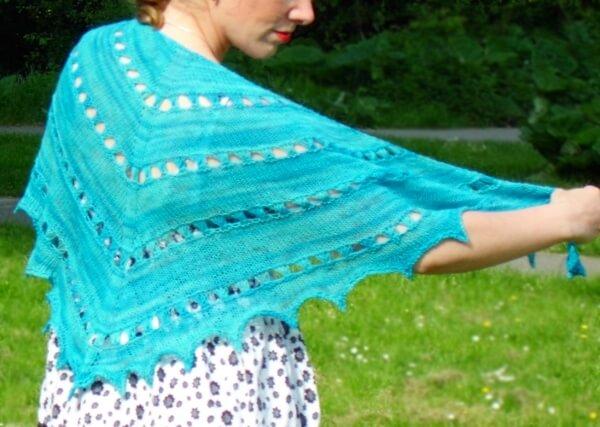 zomer zilt shawl by La Visch Designs