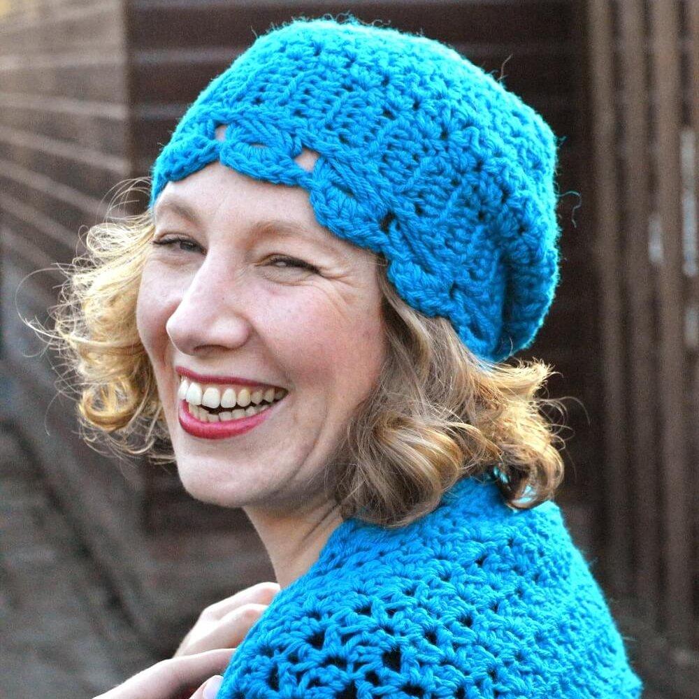 hugs & kisses hat by La Visch Designs