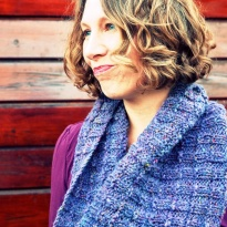 purper cowl by La Visch Designs