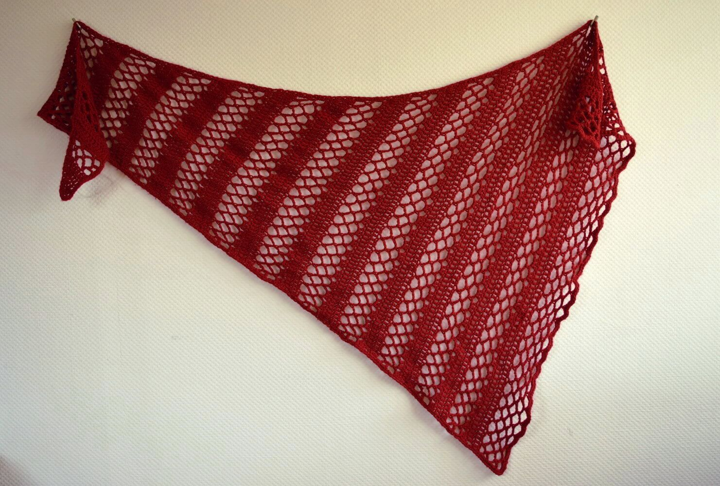 asymmetrical wedge shawl - La Visch Designs
