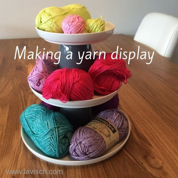 Making a yarn display - by La Visch Designs