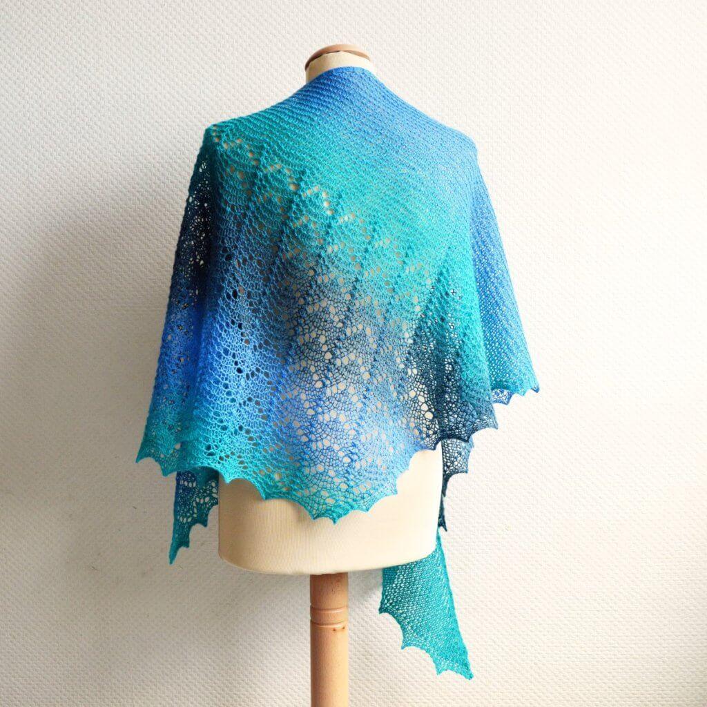 Scuba shawl