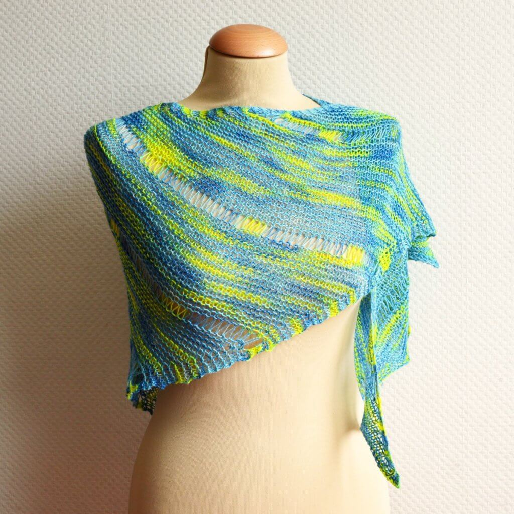 a shawl design by La Visch Designs
