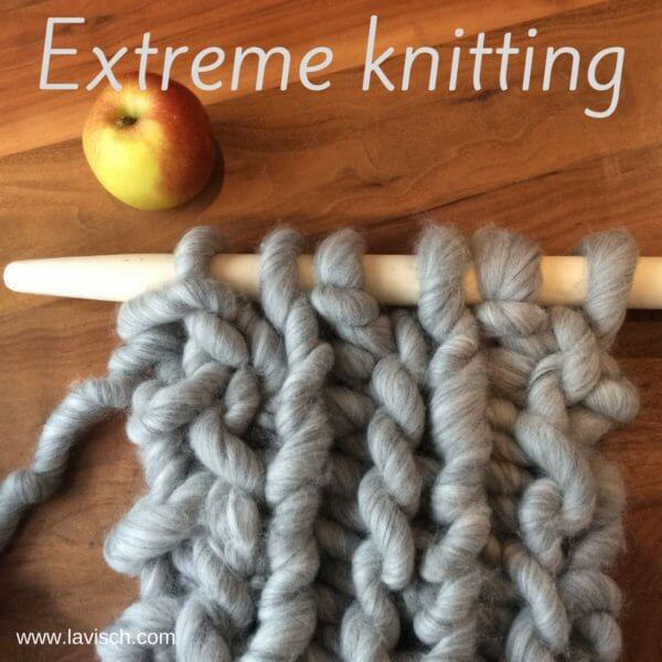 tutorial: preparing roving for extreme knitting