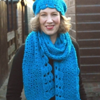 hugs & kisses scarf by La Visch Designs