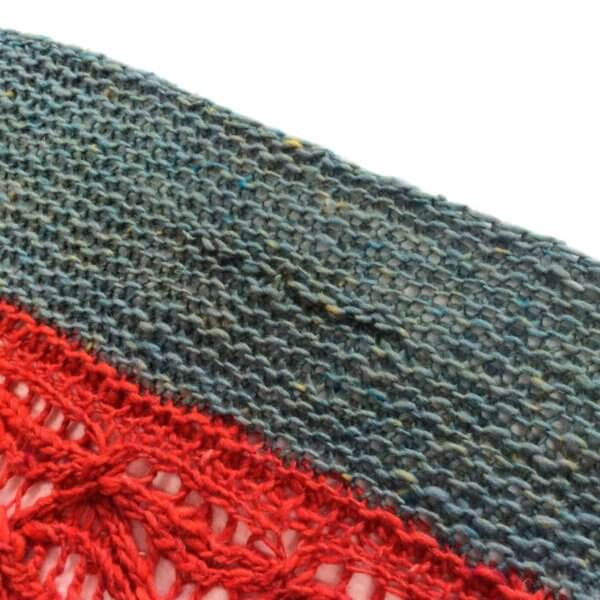 Fixing a dropped stitch in garter stitch - by La Visch Designs
