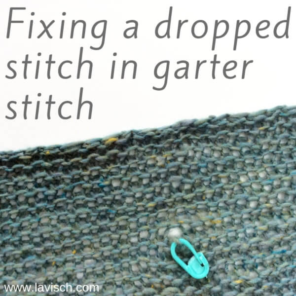 Fixing a dropped stitch in garter stitch by La Visch Designs