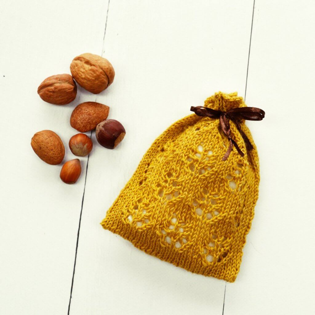 Pine Cone Sachet by La Visch Designs