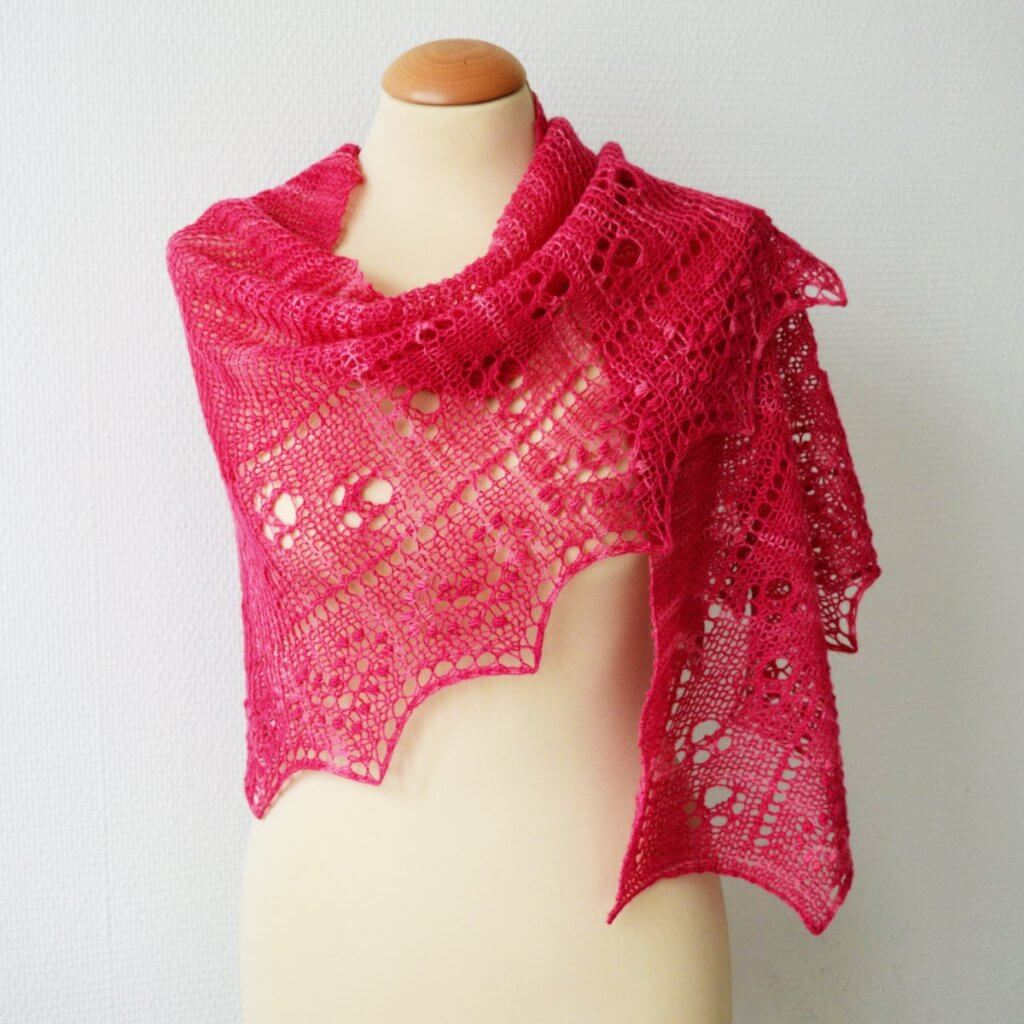 Kitty Cat Shawl by La Visch Designs