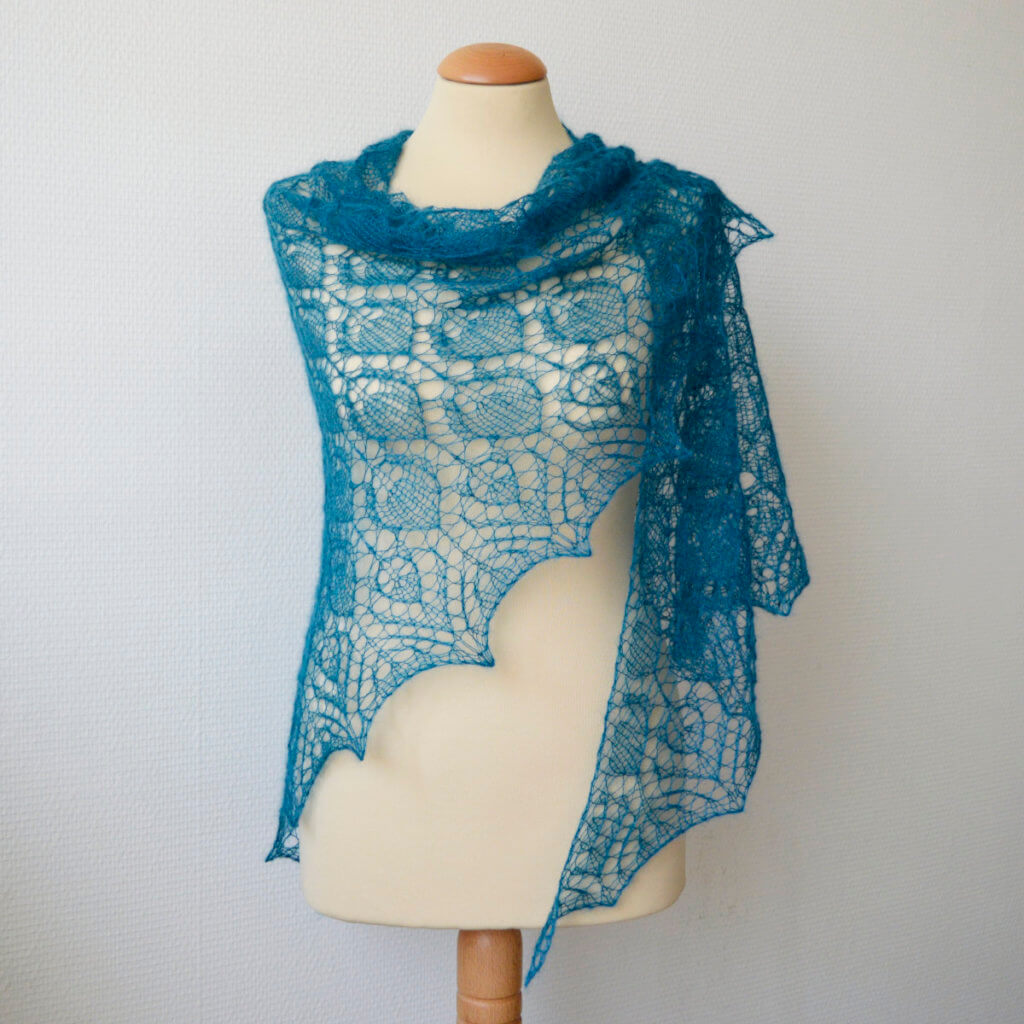 Blue Duck shawl by La Visch Designs