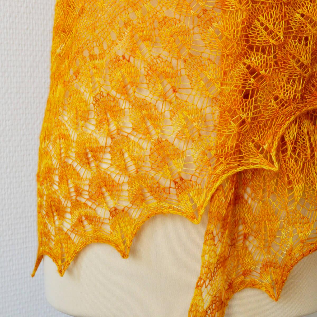 Zomerzon lace detail