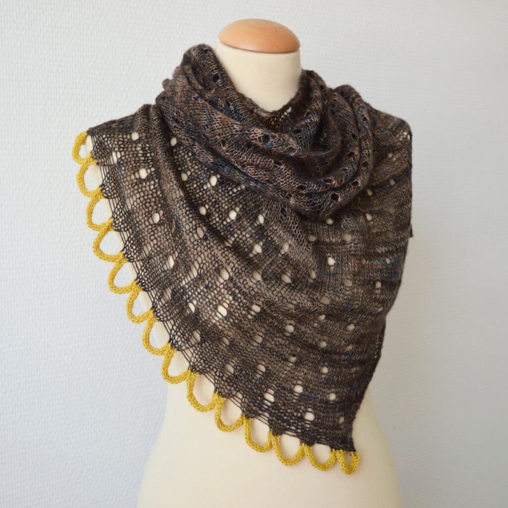Whiskey on the Rocks shawl by La Visch Designs