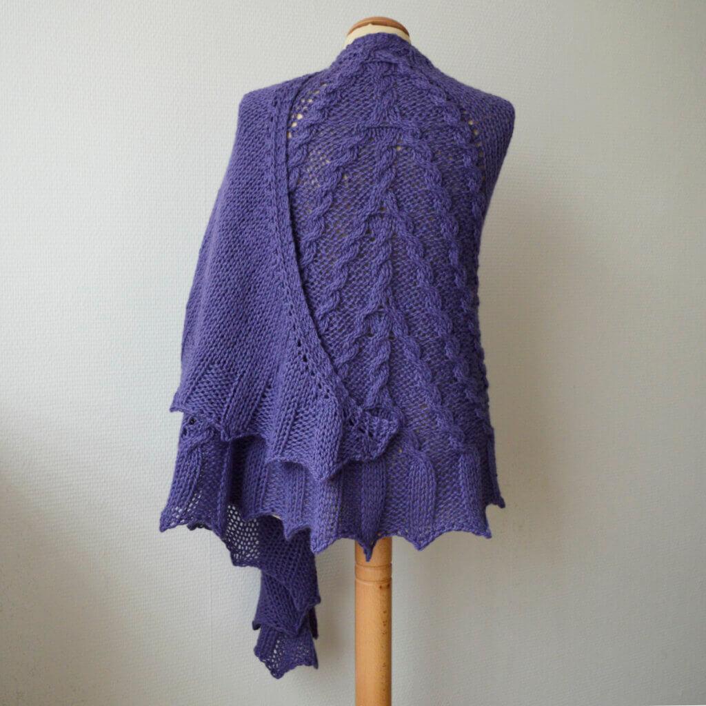 Winding Grape - a shawl design by La Visch Designs
